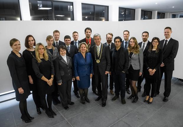 Feierliche Aufnahme von 17 neuen Kollegiaten in das Junge Kolleg  der Nordrhein-Westfälischen Akademie der Wissenschaften und der Künste. (Foto: Nordrhein-Westfälische Akademie der Wissenschaften und der Künste)