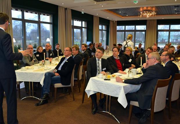 Den Mittelstand im Blick: MdB Dr. Carsten Linnemann referierte beim Mitgliederfrühstück der Wirtschaftsinitiative Kreis Gütersloh. (Foto: pro Wirtschaft GT GmbH)