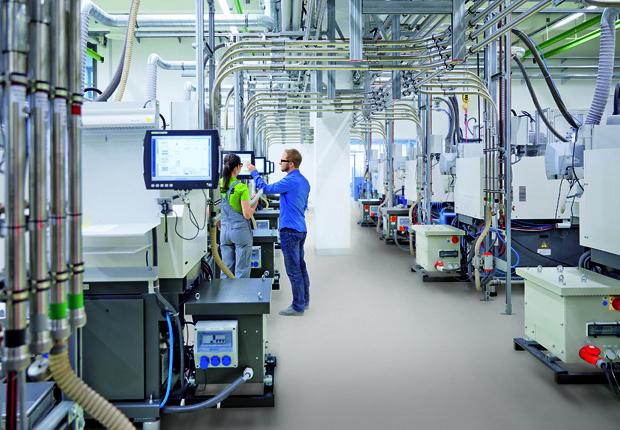 Auf dem Fachkongress Industrie 4.0 in Paderborn werden Lösungen aus der Praxis für die Praxis präsentiert. (Foto: Phoenix Contact)