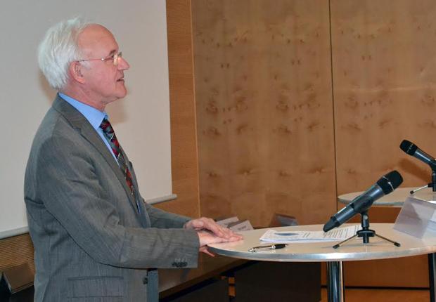 Experte für die Gesundheitswirtschaft: Professor Josef Hilbert referierte über die Entwicklung dieser Zukunftsbranche. (Foto: pro Wirtschaft GT GmbH)