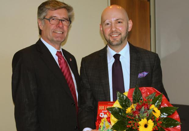 Hieß den neuen Vorstand in Lippe willkommen – Landrat Friedel Heuwinkel und Henning Matthes (Foto: Kreis Lippe)