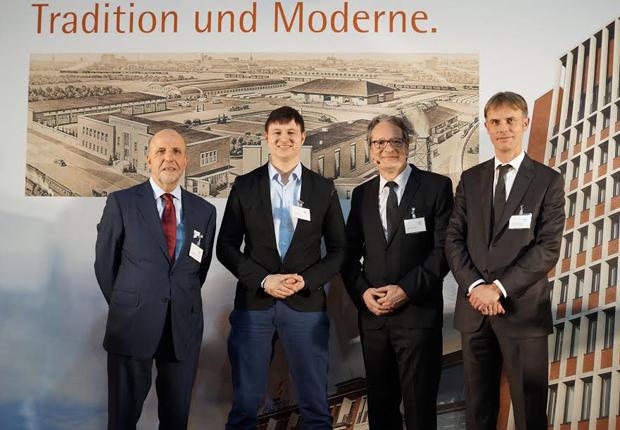 Unternehmer im Dialog im Westfalen Forum (von links): Wolfgang Fritsch- Albert (Westfalen Gruppe), Jan Beckers (HitFox Group), Stephan Kunze (EY) und Michael Marhofer (ifm Unternehmensgruppe). (Foto: Westfalen AG)