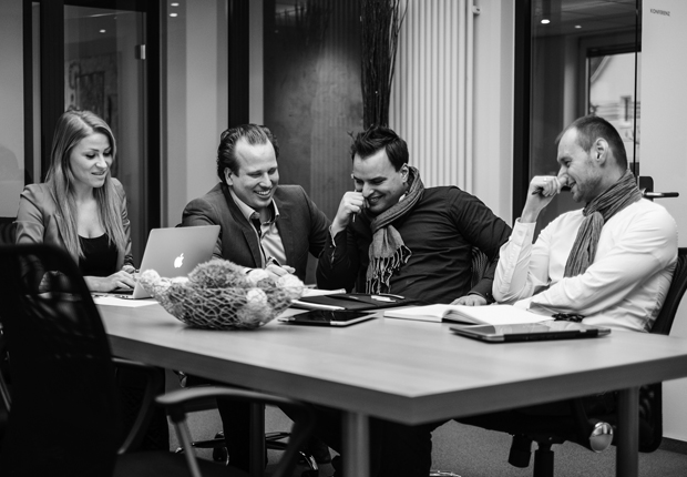 Marina Meier Redaktion, Timo Giovanni Aidi Inhaber & Gründer, Rafael Schnitker Marketing & Langer PR, Vertrieb (Foto: Neptun Freight Services GmbH)