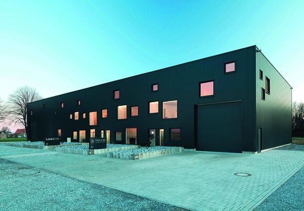 Beispiel Gewerbe- und Industriehalle (Foto: Otte & Partner)