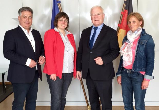 (v.l.n.r.:)  Clemens Lammerskitten MdL, B. Westerbusch, Landtagspräsident B. Busemann, Ilka Pötter (Foto: Sekretariat Clemens Lammerskitten MdL)