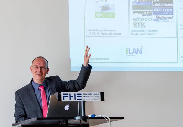 Andy Apfelstädt vom iLAN-Projektteam der FH Erfurt kündigte an, im Herbst einen Feldversuch zu starten. (Foto: Sputnik GmbH)
