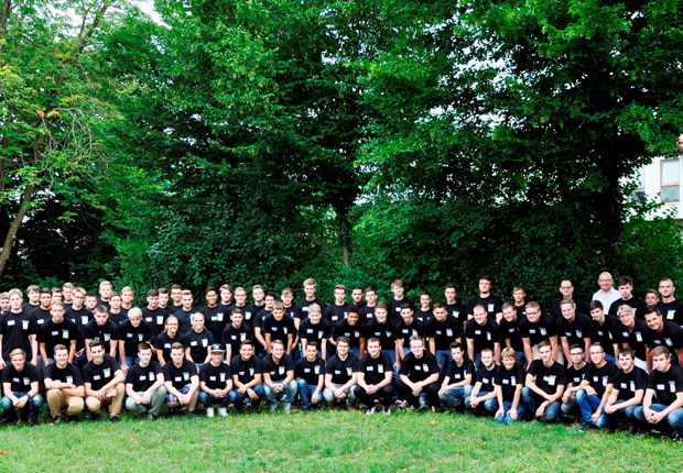 Foto: Auszubildende des 1. Ausbildungsjahres der BANG-Netzwerke. (Foto gpdm)