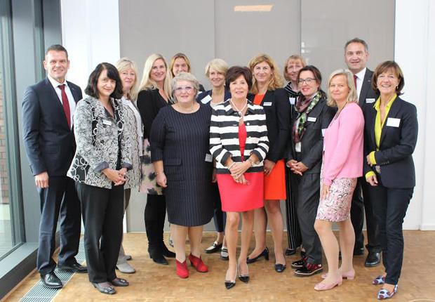 Foto zum Besuch der Unternehmerinnen vom VdU bei der Westfalen Gruppe (Foto: Westfalen AG)
