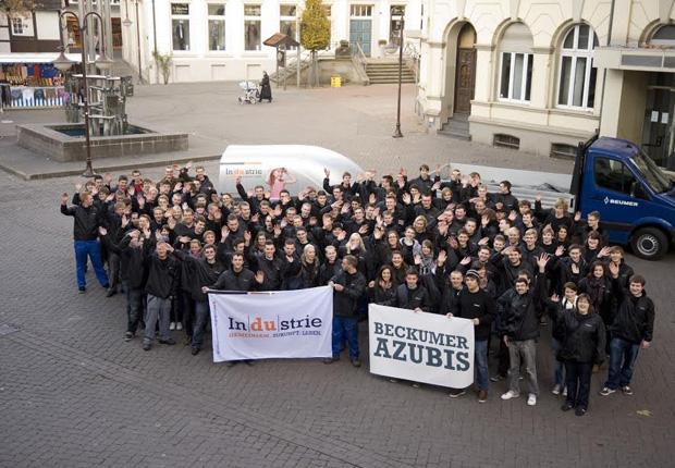 Beckumer Azubis engagiert (Foto: Beckumer Industrie e. V.)