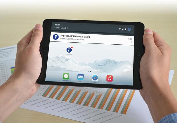 Mobile MES-Komponenten wie der FASTEC 4 PRO Mobile Client sind unerlässlich auf dem Weg zu Industrie 4.0. (Foto: FASTEC GmbH)