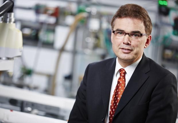 Professor Jürgen Jasperneite, Leiter der Forschungsinstitute IOSB-INA und inIT. (Foto: CIIT)