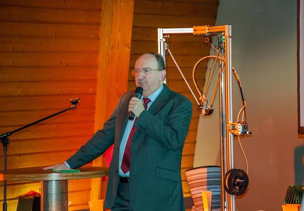Horst Mosler vom Spitzencluster BioEconomy informierte über das Zukunftsthema BioÖkonomie. (Foto: Clarion Events)