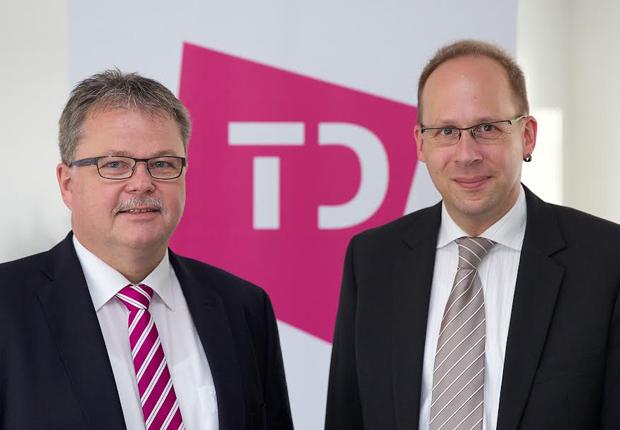 TRANSDATA geht mit neuer Doppelspitze in die Zukunft (v.l.): Karl-Josef Daume, kaufmännischer Leiter und Lars Zimmermann, Prokurist und Leiter der Softwareentwicklung. (Foto: TRANSDATA)