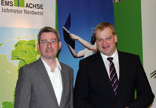 Albert Stegemann (MdB, rechts) und Ems-Achse-Geschäftsführer Dr. Dirk Lüerßen. (Foto: Wachstumsregion Ems-Achse e. V.)
