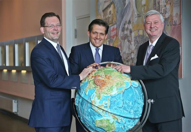 Die Geschäftsführung der Dr. Wolff-Gruppe (von links nach rechts): Christoph Harras-Wolff, Eduard R. Dörrenberg und Carsten Heins (Foto: Dr. Kurt Wolff GmbH & Co. KG)
