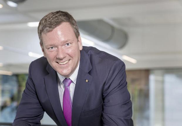 Vorstandsvorsitzender Philip Harting freut sich, dass die Technologiegruppe mit der HARTING MICA den HERMES AWARD gewinnen konnte. (Foto: Harting)