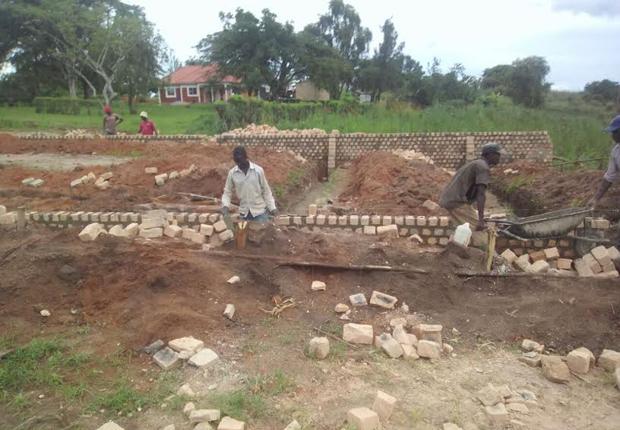Die Mauern werden gerade errichtet. (Foto: MULTIVAC)
