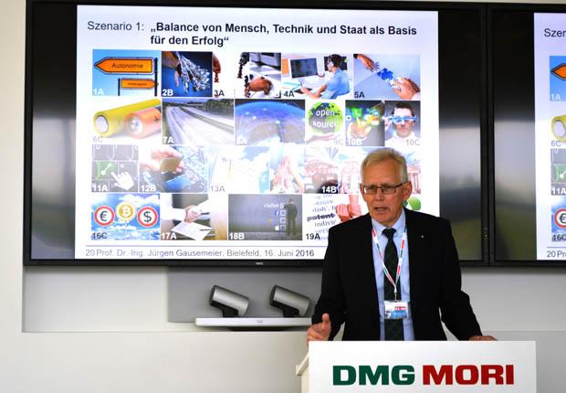 Prof. Dr. Jürgen Gausemeier präsentierte Zukunftsoptionen und Handlungsempfehlungen für Industrie 4.0 in Deutschland. (Foto: DMG MORI)