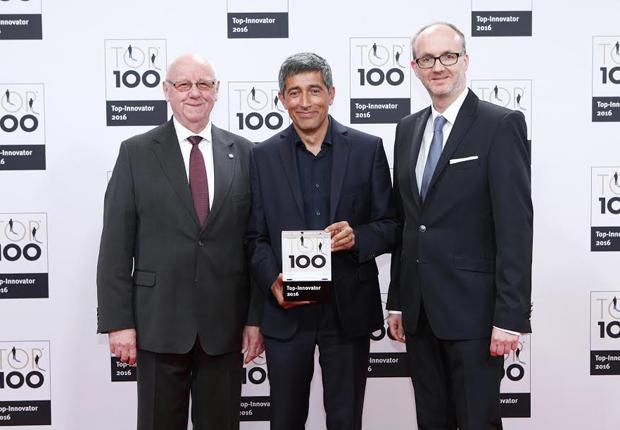 Karl-Ernst Vathauer mit Ranga Yogeshwar und Marc Vathauer (v.l.) (Foto: KD Busch/compamedia)