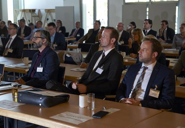 Aufmerksame Zuhörer während der Vorträge der kunststoffland Veranstaltung. (Foto: kunststoffland NRW e.V.)