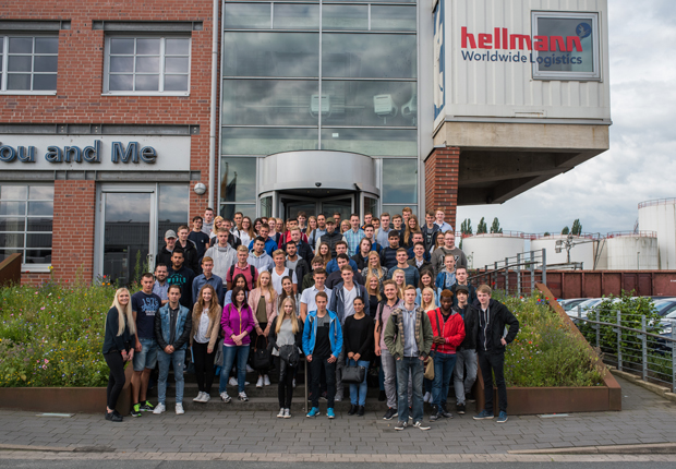 Hellmann Worldwide Logistics Auszubildende (Foto: Hellmann)