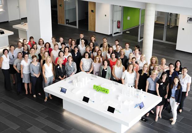 Rund 70 Teilnehmerinnen kamen zum ersten unternehmensübergreifenden Netzwerkaustausch zusammen. (Foto: WAGO)