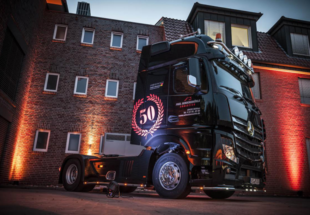 "Die ""Paul Schockemöhle Logistics Gruppe"" feierte 50-jähriges Firmenjubiläum (Foto: Schockemöhle Logistics)"
