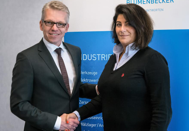Olaf Lingnau (Geschäftsführer Blumenbecker Industriebedarf) mit Niederlassungsleiterin Frau Nuran Granig. (Foto: Blumenbecker Industriebedarf GmbH)
