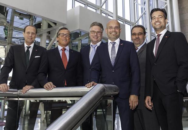 V.l.n.r.: Stefan Seils (Bursped, Hamburg) als Vorsitzender, Andreas Hartmann (Hartmann International, Paderborn), Heiner Koch (Koch International, Osnabrück), Oliver Schwarz (Wackler, Göppingen), Uwe Hofmann (Hofmann Internationale Spedition, Biebesheim am Rhein) und Ralf Amm (Amm Spedition, Nürnberg) als stellvertretender Vorsitzender bilden den neuen CargoLine-Beirat. Auf dem Foto fehlt Ingolf Heuring. (Foto: CargoLine GmbH & Co. KG)