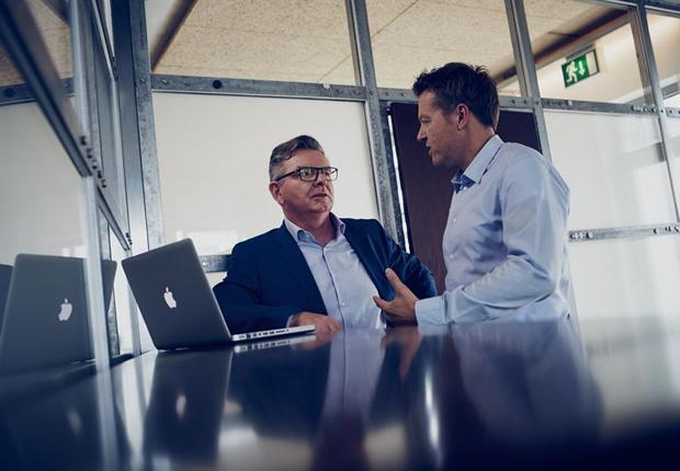 v.l.: Hans-Joachim Graef und Rene Sutthoff machen PR konsequent (Foto: konsequent PR)