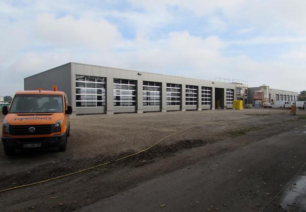 Weit fortgeschritten ist der Neubau des Unternehmens Nyenhuis Umweltservice GmbH am neuen Standort. (Foto: Samtgemeinde Spelle)