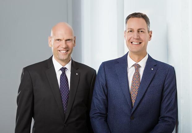 Haben die Seiten gewechselt: Jan-Dirk Büsselmann (links) und Marc Beimforde managten früher Kaffee Partner, jetzt sind sie Geschäftsführer des Konkurrenten CP Group GmbH. (Foto: rlvnt GmbH)