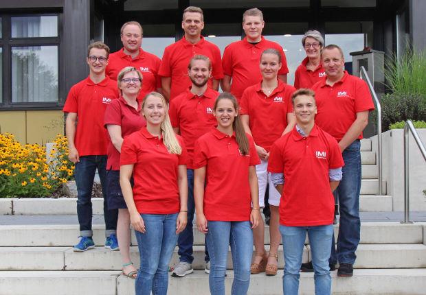 Start ins Berufsleben - Neun Neuzugänge bei Buschjost GmbH