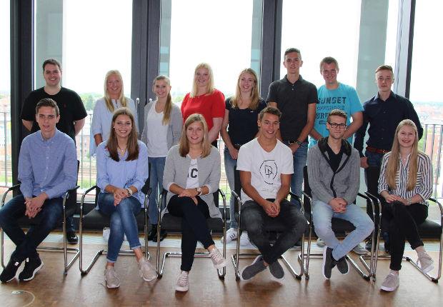 Am 1. August starteten 14 neue Azubis bei der Westfalen Gruppe in ihr Berufsleben.