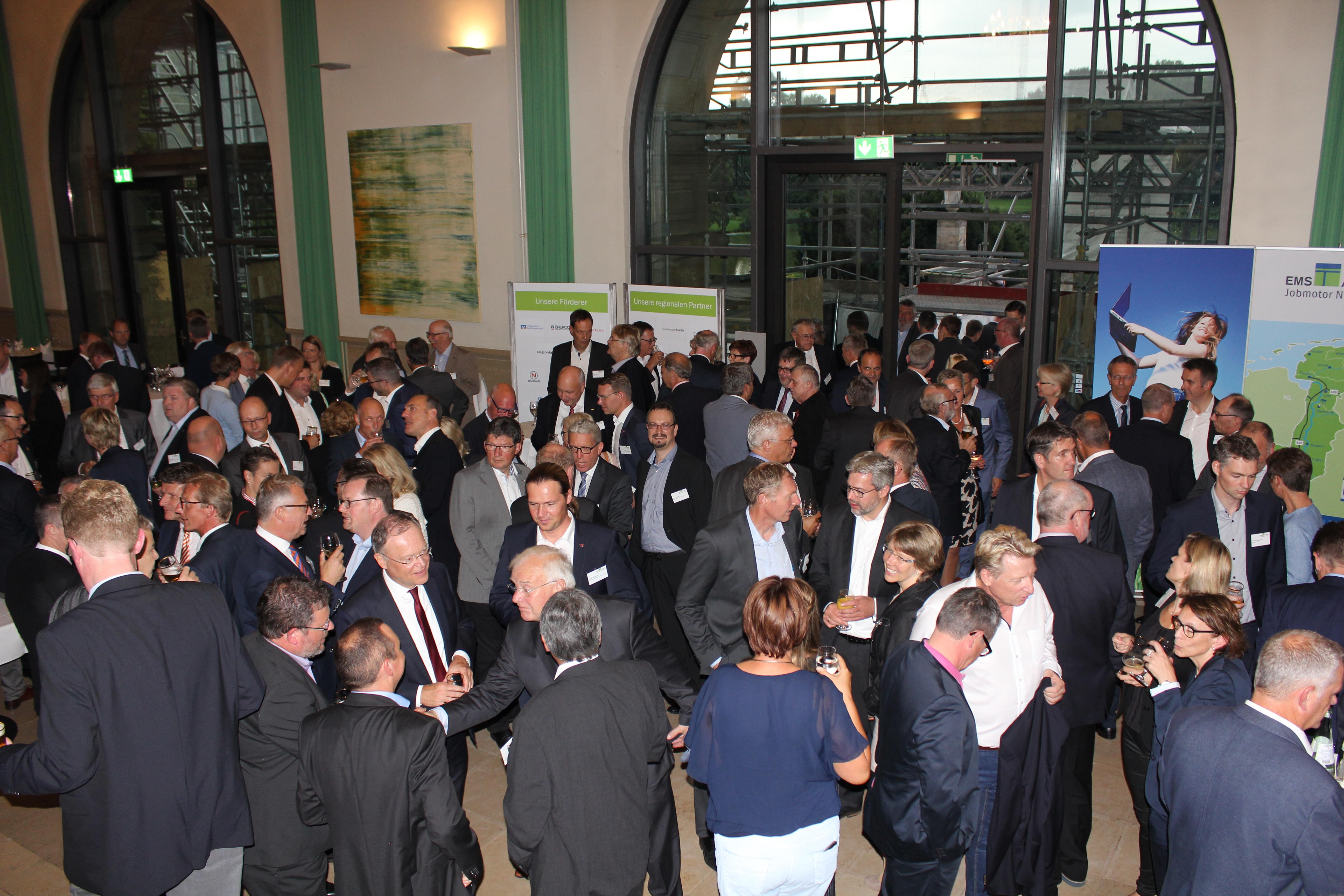 Rund 390 Gäste nahmen am 8. Parlamentarischen Abend der Ems-Achse teil (Foto: Ems-Achse)