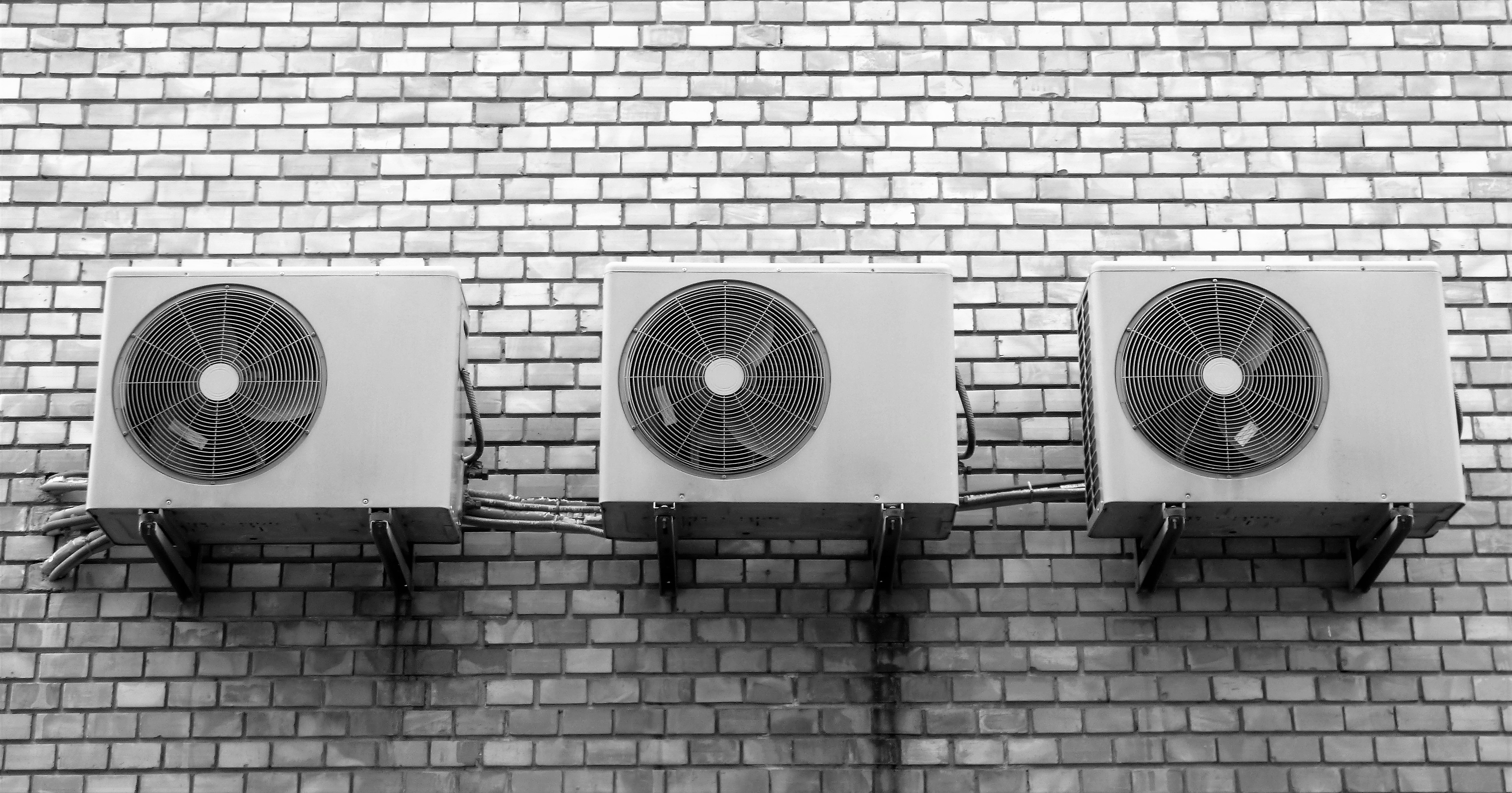 Konventionelle Klimaanlagen können dank eines von der  DBU geförderten Projekts bald der Vergangenheit angehören (Foto: matuska/ Pixabay)