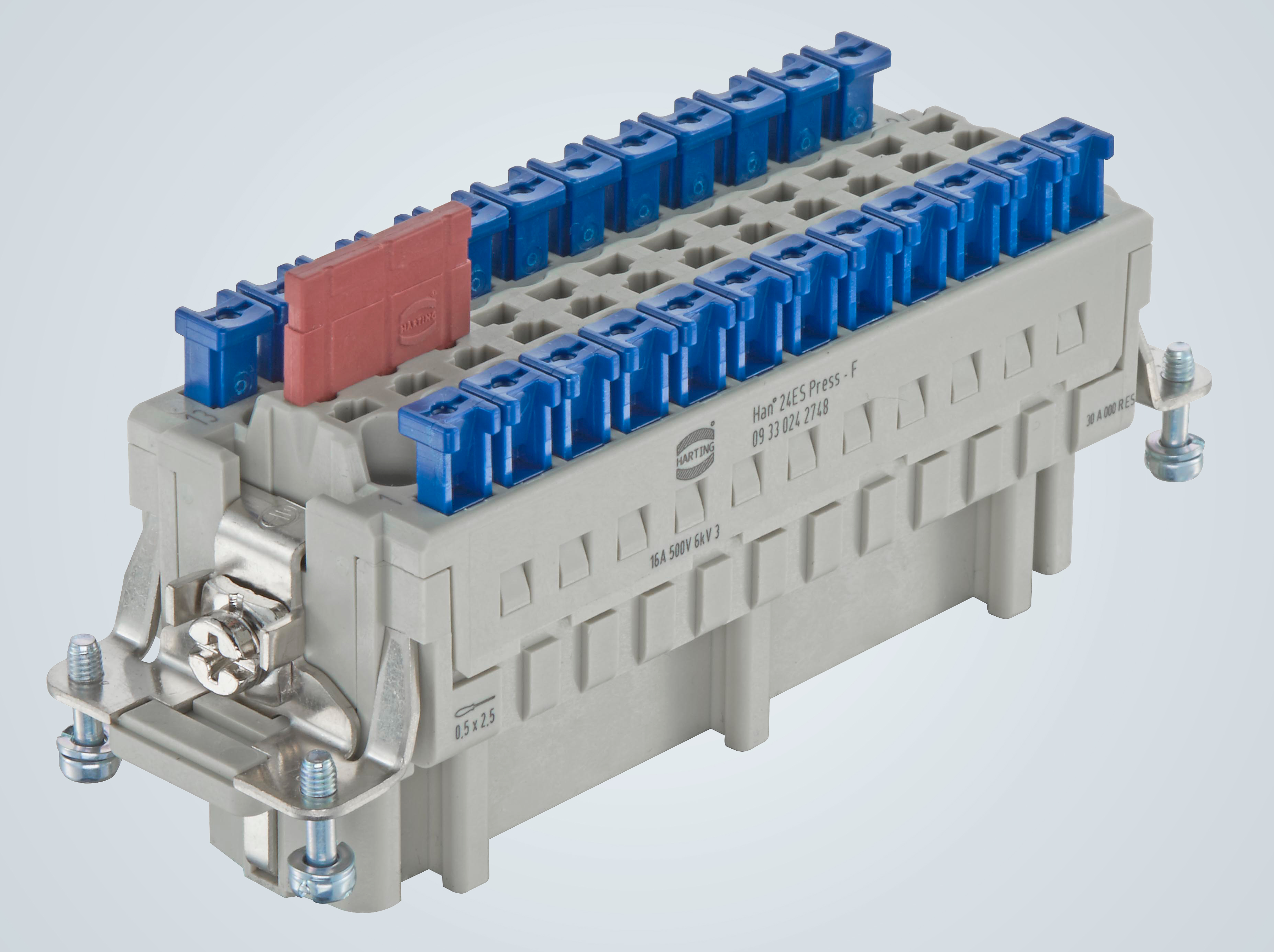 Mit dem Han® ES Press hat der Kunde die Möglichkeit, im Feld schnell eine werkzeuglose Verdrahtung oder Änderung vorzunehmen (Foto: HARTING)