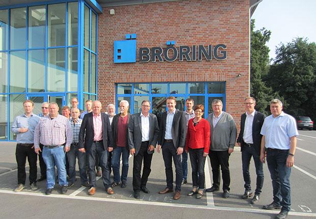 Erfreut zeigten sich die Aufsichtsratsmitglieder der Hafen Spelle-Venhaus GmbH