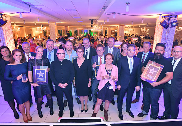 Bielefelder Verbundgruppe verleiht EK Passion Stars