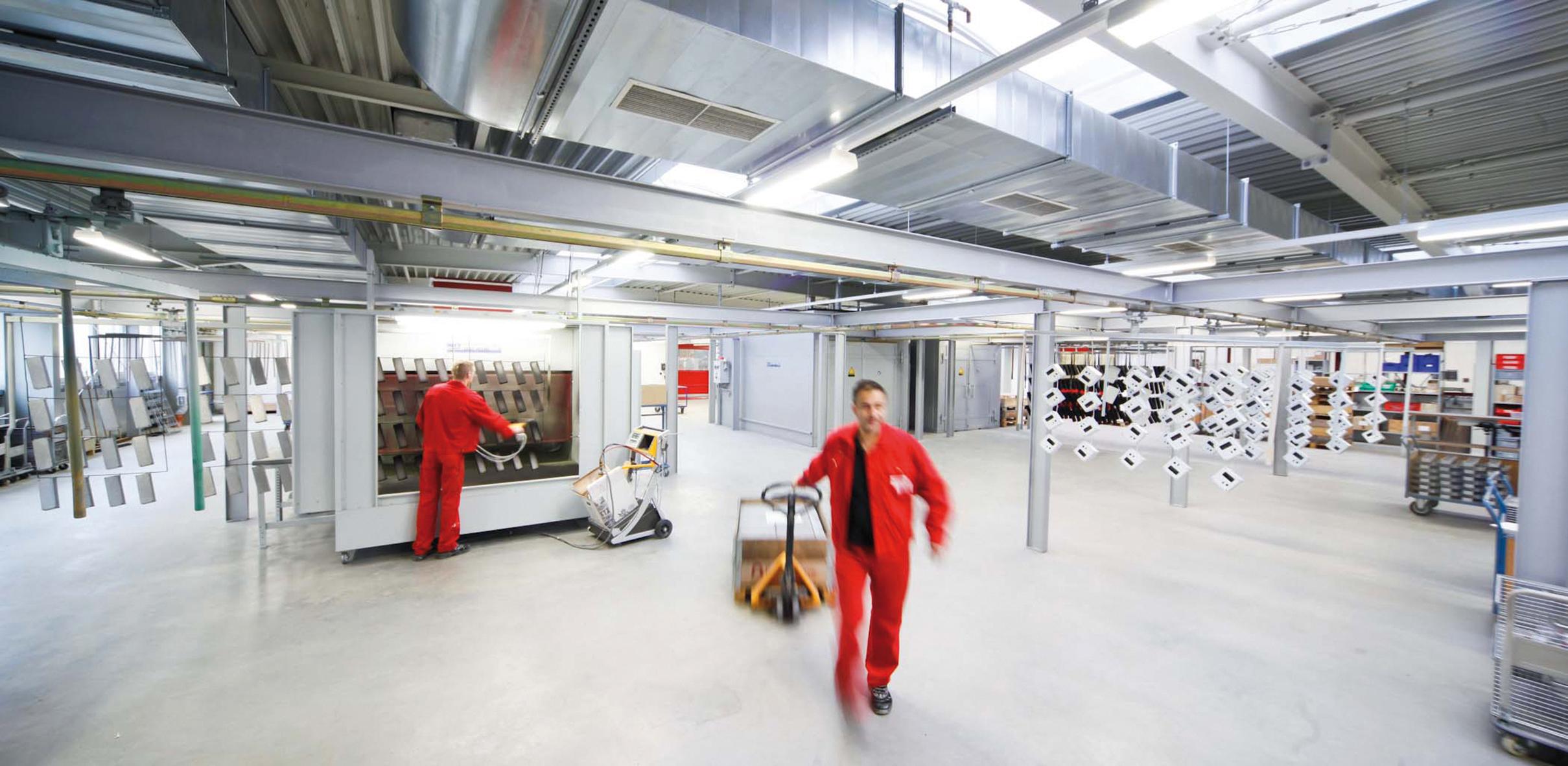 Allein an seinem Stammsitz in Rinteln beschäftigt ROLEC 130 Mitarbeiter (Foto: ROLEC)