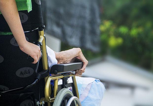 Wenig Hilfe aus der Politik für die Digitalisierung in der Pflegebranche.