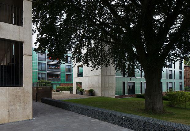 """Im Rahmen der Architekturreihe """"Lingen &Wohnen"""" kommt Prof. Günter Pfeifer, Architekt und emeritierter Professor für Entwerfen, ins IT-Zentrum nach Lingen."""