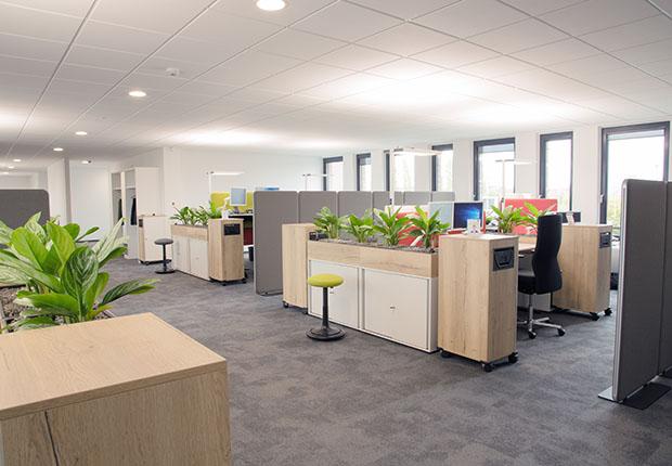 Die Verantwortlichen weisen besonders auf die Innenraumgestaltung mit sogenannten Smart Working Places hin.