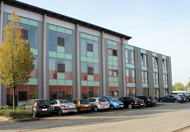 Kürzlich wurde der Anbau des AGTOS Bürogebäudes in Emsdetten bezogen.