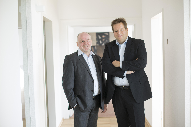 Harald Kiy und-Christoph Hundenborn (v.l.)  wollen mobile IT sicherer machen (Foto: sector27)