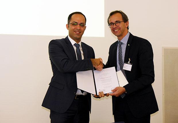 Dr.-Ing. Ali Soleimani-Dorcheh (l.) erhielt den Dr. Klaus Seppeler Preis 2017