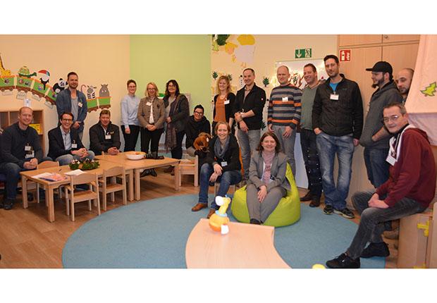 In den Räumlichkeiten der Kreishandwerkerschaft Steinfurt-Warendorf Rheine erlebten die Teilnehmer ein Beispiel, wie Führung und Familie zusammenpassen.