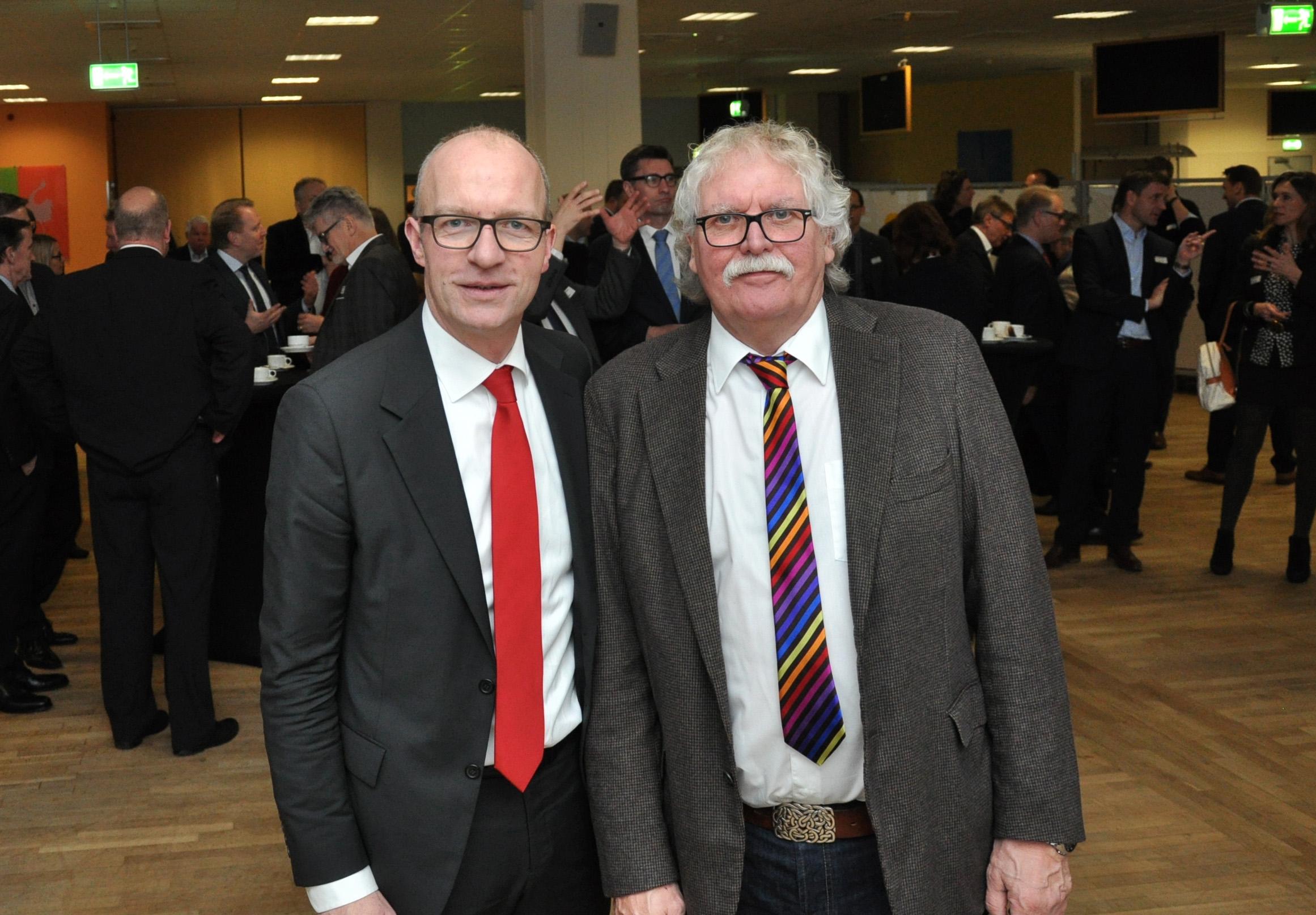 Dr. Thomas Robbers, Geschäftsführer der Wirtschaftsförderung Münster GmbH, und Achim Wiese, stellvertretender Geschäftsführer beim Studierendenwerk Münster (Foto: WFM Münster)
