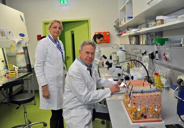 Die Gründung von Monasterium Laboratory resultierte aus der Beschäftigung an der Hautklinik der Universität Münster