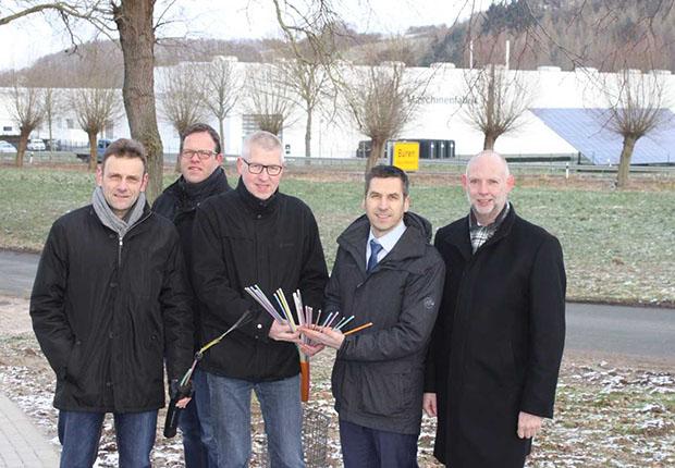 Die Deutsche Telekom hat die öffentliche Ausschreibung für den Internet-Ausbau in den Gewerbegebieten von Büren gewonnen.